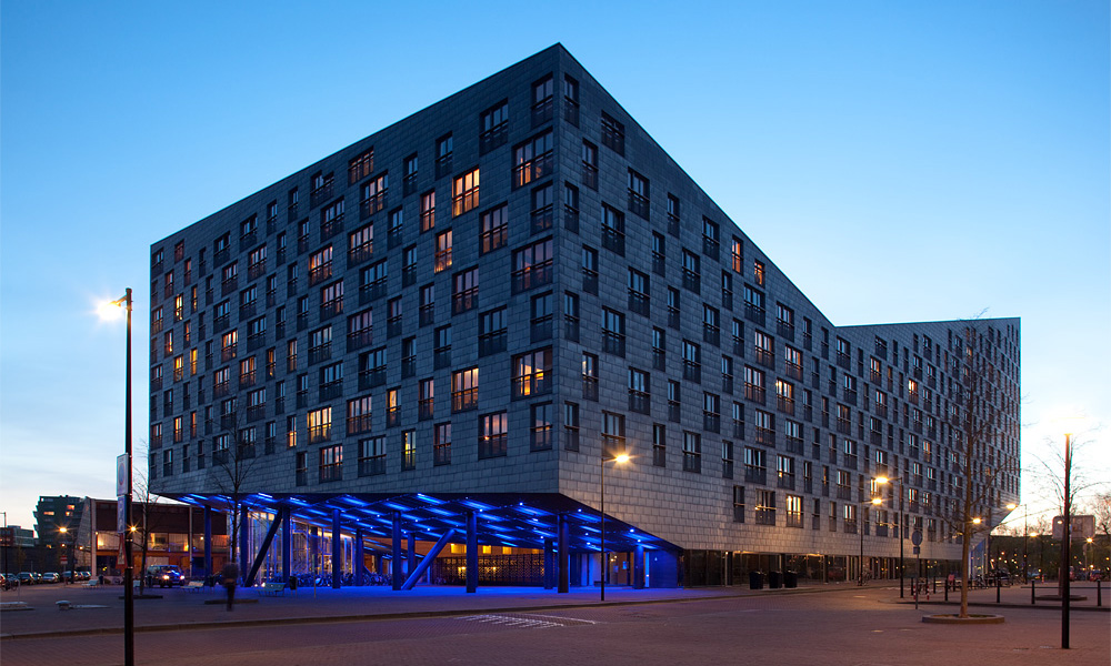 The Whale - Architekten Cie